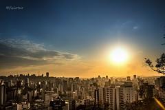 Cidade prevista (@fisiotur) Tags: sunset brazil sun tourism colors brasil canon buildings cores landscapes prdosol belohorizonte turismo mirante urbanlandscapes paisagens bh urbanas cidades parques t5i paisagensbrasileiras escolametrpoledefotografia