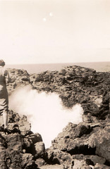 Found photo (17) - the blow hole, Kiama October 1955 (Boobook48) Tags: australia blowhole nsw kiama foundphoto
