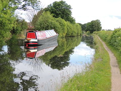 Wyrley and Essington Canal W050 002 (touluru) Tags: school boat canal oak birmingham bcn railway we shire narrow partnership primary millfield brownhills tocana pelsall navigations essington wyrley wyrleyandessingtoncanal