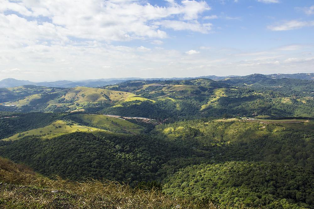 Trilha Morro do Sabóo - morros da regi˜åo
