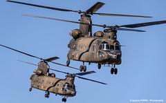 Chinook (Ignacio Ferre) Tags: airplane nikon aircraft aviation military helicopter boeing chinook takeoff avin helicptero spanisharmy famet lecv boeingch47d