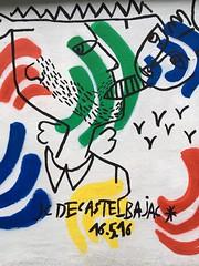 21-06-16 Rue des Pyrnes, Paris 20 (marisan67) Tags: street streetart paris detail graffiti photo photographie streetphoto 365 rue pola murs dtail iphone clich 2016 instantan 365project iphonography iphonegraphy iphonographer polaphone iphonographie iphoneographie iphone5se