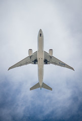 Aeroplane (vs_foto) Tags: aeroplane austria plane sky travel vienna