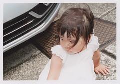 insta267 (sudoTakeshi) Tags: film car japan kids 35mm tokyo child pentax flash harajuku fujifilm spotmatic filmcamera  2yearold harajukugirl  carlzeiss pentaxsp tessar natura1600  carlzeissjena pentaxspotmatic   carlzeisstessar 2
