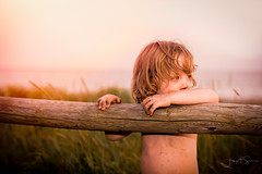 """Little boys don't take baths, they just dust off."" -Art Moms (jtsamsonphotography) Tags: d750 nikon beach boy dirt dirty fence field portrait warmtones"