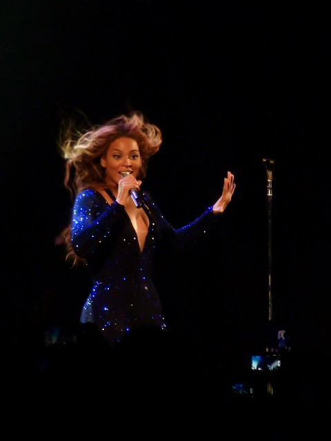 Beyoncé - The Mrs. Carter Show - Bercy, Paris (2013)