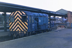 BRITISH RAIL 08584 (bobbyblack51) Tags: british railways class 08 english electric 060 diesel shunter 08584 taunton station 1987