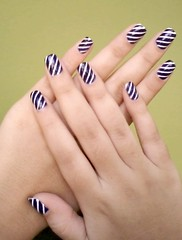 Listras (Mari-costa) Tags: branco azul nail polish tc nailart listras risqu colorama beautycolor incensodoce