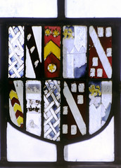 Stanford-on-Avon, St Nicholas, nVI, 1b, Shield of Cave quartered with Croft etc (gordonplumb) Tags: heraldry northamptonshire stainedglass medieval cave fragments coatsofarms stanfordonavonstnicholas croft6