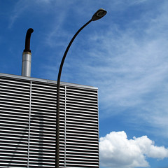 (Torganiel) Tags: roof chimney sky square streetlight industrial montreal line g10 torganiel