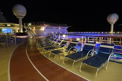 Jogging Track (PowerPee) Tags: cruise dreamworks royalcarribean fujixe1