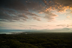 (Richter_) Tags: sunset sun june iceland midnight 7d ingvellir 2013 botnslur