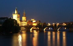 Ponte Carlos IV (Luiz C. Salama) Tags: longexposure canon europa europe nightshot prague praha noturna longaexposição tcheca czeck republicatcheca