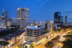 Duxton Night (ZawWai09) Tags: skyline singapore chinatown cityscape hdb dorsett offices pinnacle publichousing duxton singaporecityscape modernliving singaporeskyline modernbuildings highlivingstandard