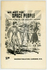 We Met the Space People (Alan Mays) Tags: ephemera bookcovers books covers booklets paper printed wemetthespacepeople saucerianpublications saucerian spacepeople aliens spacemen men ufos flyingsaucers spaceships space mitchellsisters mitchell helenmitchell bettymitchell women contactees handshakes walking meetings rays lines illustrations 1950s old vintage typefaces type typography fonts