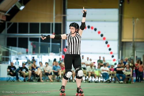 Bay_State_Brawlers_vs_Petticoat_Punishers_243_20130727