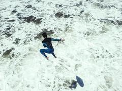 volando me voy (quino para los amigos) Tags: beach jump surf playa surfers miramar 20140125123019