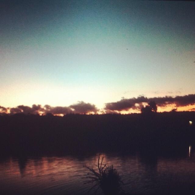 Fim de tarde na maravilhoso PY  obradedeus  sunset  happy (Jonas Vicente) 98151acdd30