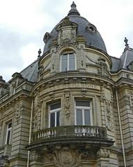 2014.03.30.036 LANGRES - Immeuble de la Caisse d'Epargne (alainmichot93 (Bonjour  tous)) Tags: france architecture rue immeuble 2014 hautemarne langres champagneardennes