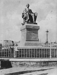 02_Alexandria - Nubar Pasha Statue (usbpanasonic) Tags: alexandria mediterranean egypt egypte  egyptians alexandrie egyptiens nubarpashastatue