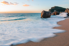 A Varigotti (giansacca) Tags: sea mer water seaside sand eau mare liguria acqua spiaggia sabbia scogli finaleligure varigotti baiadeisaraceni spiaggiadelmalpasso
