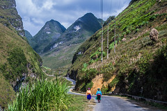 The road to Dong Van highland (Anh Dang ^_^) Tags: road wild woman mountain west tourism nature beautiful rock trekking canon walking landscape countryside women natural unique north pass rocky tourist east vietnam highland driveway typical venue ethnic attraction attractions minorities hagiang wheretogo 24105l dongvan caonguyênđá