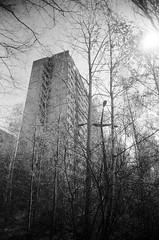 Pripyat, Tower Block (St Prie) Tags: 35mmfilm ilfordhp5plus400 vivitarultrawideandslim vuws