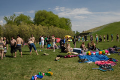 teddybearpicnicday-29 (claire.pontague) Tags: bear park party kite sunshine outdoors picnic teddy stage saskatoon dancefloor djs 2016