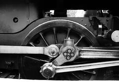 Nerth / Strength - North Norfolk Railway (Rhisiart Hincks) Tags: injanstm locomotive marchdu wheel rod olwyn duagwyn gwennhadu dubhagusgeal dubhagusbn zuribeltz czarnobiae blancinegre blancetnoir blancoynegro blackandwhite  bw feketefehr melnsunbalts juodairbalta negruialb siyahvebeyaz rnoinbelo    zwartenwit mustajavalkoinen crnoibelo ernabl schwarzundweis rheilffordd henthouarn hynshorn trenbide burdinbide chemindefer railway rathadiarainn eisenbahn ferrocarril ferrovia iarnrd geleinkelis   kolej caleferat tr tren trena engine injan norfolk lloegr powsows england sasana brosaoz ingalaterra angleterre inghilterra anglaterra  angletrra sasainn  anglie ngilandi