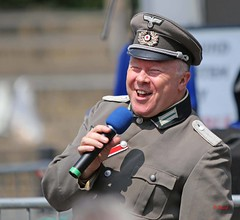 Brighouse 1940s Weekend 2016 - KV8A9540 (grab a shot) Tags: uk england man canon vintage soldier army eos war uniform outdoor military yorkshire wwii 1940s german ww2 entertainer reenactment westyorkshire worldwar2 oldfashioned livinghistory brighouse 2016 calderdale warweekend 7dmarkii