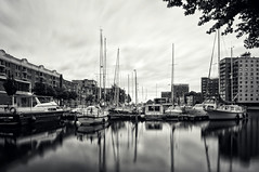 Oosterhaven | Groningen, the Netherlands (frata60) Tags: city longexposure light blackandwhite netherlands monochrome landscape boats nikon zwartwit harbour nederland tokina le groningen 1224mm landschap zw luchten oosterhaven jachten d300s