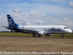 Embraer E-175 (E-170-200/LR) (Marco Zappatori's Agency) Tags: embraer e175 skywestairlines alaskaairlines pretv n181sy robertoantenore marcozappatorisagency