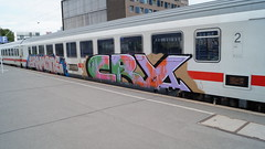 Graffiti (Honig&Teer) Tags: honigteer hannover hbf db deutschebahn dutch railroad railroadgraffiti railways spraycanart sport steel train treno traingraffiti trainart eisenbahngraffiti eisenbahn graffiti germany