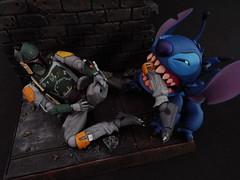 """""""MY LEG!!!"""" (Matheus RFM) Tags: starwars stitch disney bobafett kaiyodo lilostitch revoltech"""