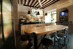 _DSC1204 (fdpdesign) Tags: arredamenti shop design shopdesign nikon d800 milano italy arrdo italia 2016 legno wood ferro sedie tavoli locali cocktails bar interni architettura