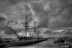 HMS Warrior - Portsmouth (Jan Altenschmidt) Tags: greatbritain hdr harbor bw england hmswarrior portsmouth schwarzweis grosbritannien gb