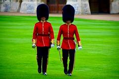 England 2016  Windsor Castle  Men with swords (Michiel2005) Tags: uk greatbritain england soldier march unitedkingdom britain guard marching soldiers windsor guards berkshire windsorcastle engeland soldaten soldaat bearskin vk sabel berenmuts grootbrittanni verenigdkoninkrijk