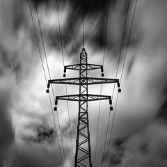 Stay connected (6line8) Tags: longexposure blackwhite electricity expositionlongue electricit greyfilter bw110