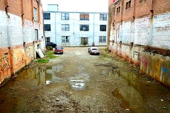 60. Dirty - 116 pictures in 2016 (Krasivaya Liza) Tags: 60 dirty dirt road castleberryhill atlanta ga georgia 116picturesin2016 116pictures the116 challenge photo nikon yearly photography group castleberry atl downtown city urban cityscape buildings architecture neighborhood