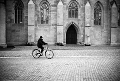 biker (gato-gato-gato) Tags: street leica bw white black film blanco monochrome analog person schweiz switzerland flickr noir suisse strasse zurich negro streetphotography pedestrian rangefinder human streetphoto monochrom zrich svizzera weiss zuerich blanc ilford m6 manualfocus schwarz ch onthestreets passant mensch sviss leicam6 zwitserland isvire zurigo streetphotographer homedeveloped fussgnger manualmode zueri strase filmisnotdead streetpic messsucher manuellerfokus gatogatogato fusgnger leicasummiluxm35mmf14 gatogatogatoch wwwgatogatogatoch streettogs believeinfilm tobiasgaulkech