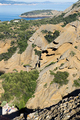 Cte d'azur (monsieur ours) Tags: ctedazur cassis mer sea mditerrane falaise cliff parcdumugel outside extrieur paysage landscape bronzer tanning