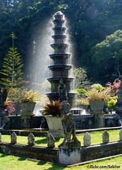 Tirta Gangga, Karangasem, Bali (Sekitar) Tags: bali fountain festival indonesia island asia tirta pulau karangasem gangga