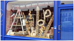 Ronde des pains. (abac077) Tags: boulangerie pain baker bread shop boutique magasin samer bleu blue