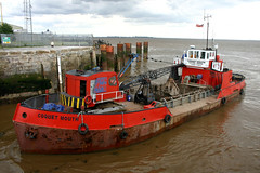 Coquet Mouth (Hughes Marine) (Howard_Pulling) Tags: camera canon boat photo ship picture vessel hull shipping humber victoriadock hpulling howardpulling