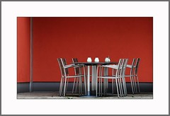 Tisch und Sthle  (Table and chairs) (alfred.hausberger) Tags: cafe bamberg form tisch farbe sthle updatecollection