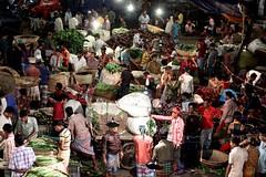 Busy market in midnight (Rehman Sobhan Sonet) Tags: food colour work market head hard lifestyle daily business busy midnight quarter nightlife dhaka trade bangladesh bazar supply bigbazar karwanbazar