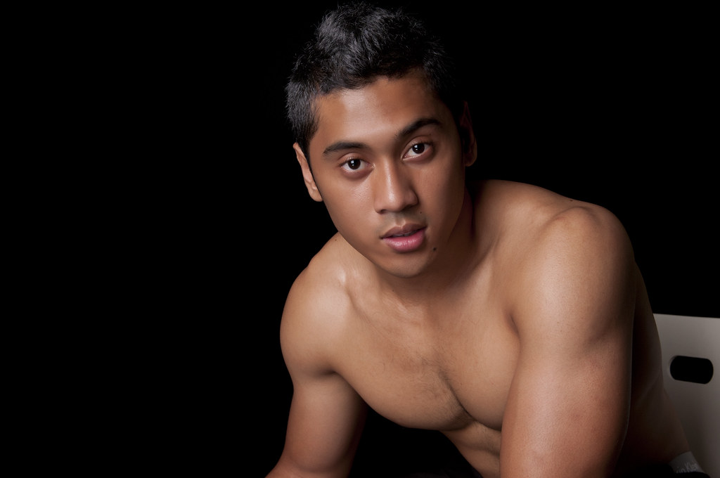 malay men naked picture