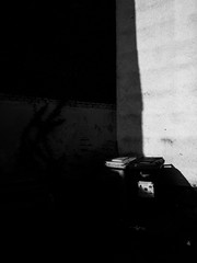 Shades (gerald.uhr) Tags: street city urban 28mm stadt dsseldorf ricoh f25 dus gxr ricohgxr
