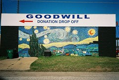 Goodwill drop off Mabank Texas (Dallas photographer Scott Dorn) Tags: texas vangogh goodwill muralmabank