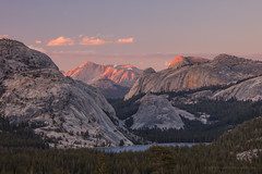 Sunset on Conness Peak over Tenaya Lake (Jeffrey Sullivan) Tags: california sunset copyright usa nature june canon landscape photo yosemite yosemitenationalpark tenayalake olmsteadpoint leevining tiogapassroad 2013 jeffsullivan 5dmarkiii